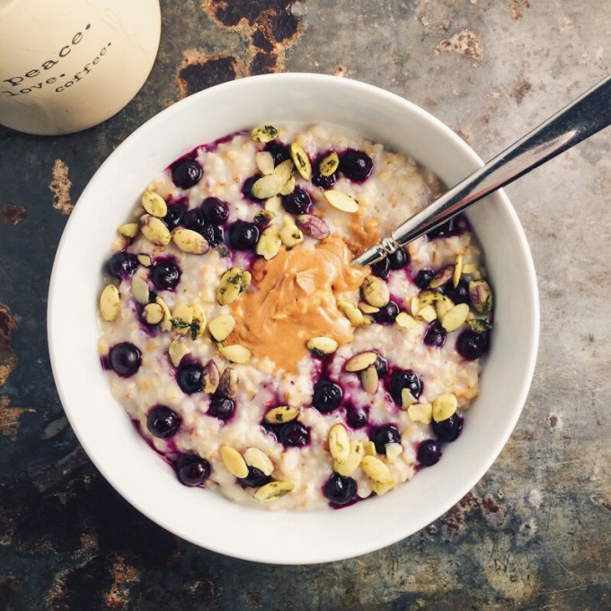 Blueberry and Almond Steel Cut Oatmeal